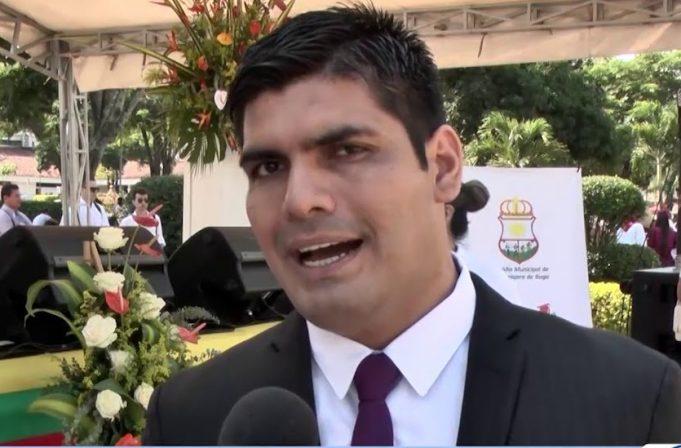 Julian Latorre alcalde de Buga